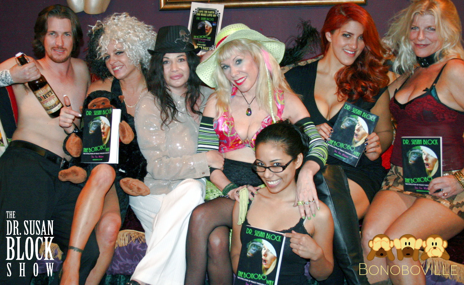 Dark Phoenix, Amanda Blow, Jenny Buss, Dr. Susan Block, Maya Goddess, Amber Golde, Chelsea Demoiselle. Photo: L'erotique