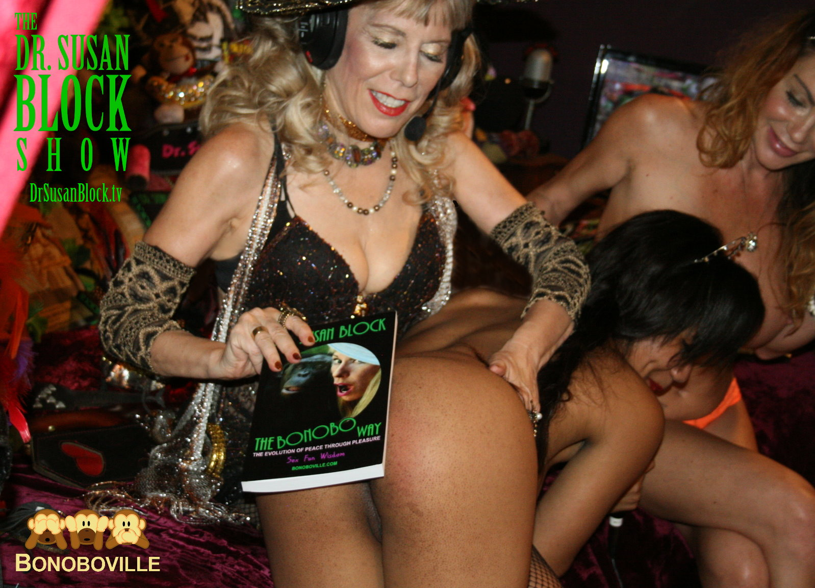 Kink Month Idea: Teach your kinky sweetie a lesson with a book-spanking! Photo: L'Erotique