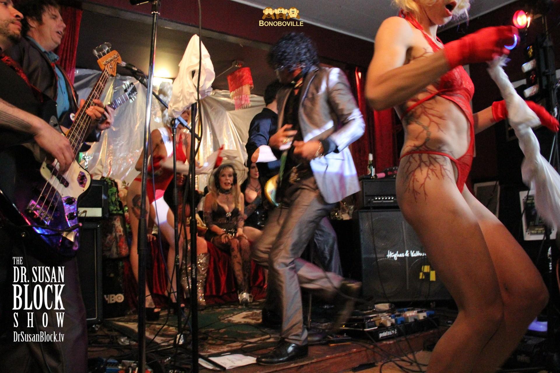 "DTease Bacchanalia: ""Big Girl Panties"" Photo: Ono Bo"