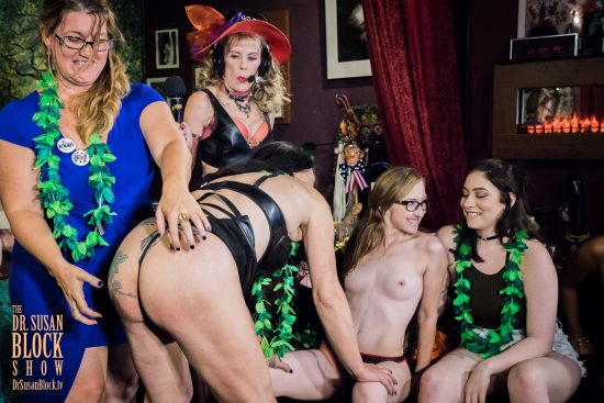 Dr. Laurie spanks in Kink Month 2017 via Jacquie Blu's bottom. Photo: Jux Lii