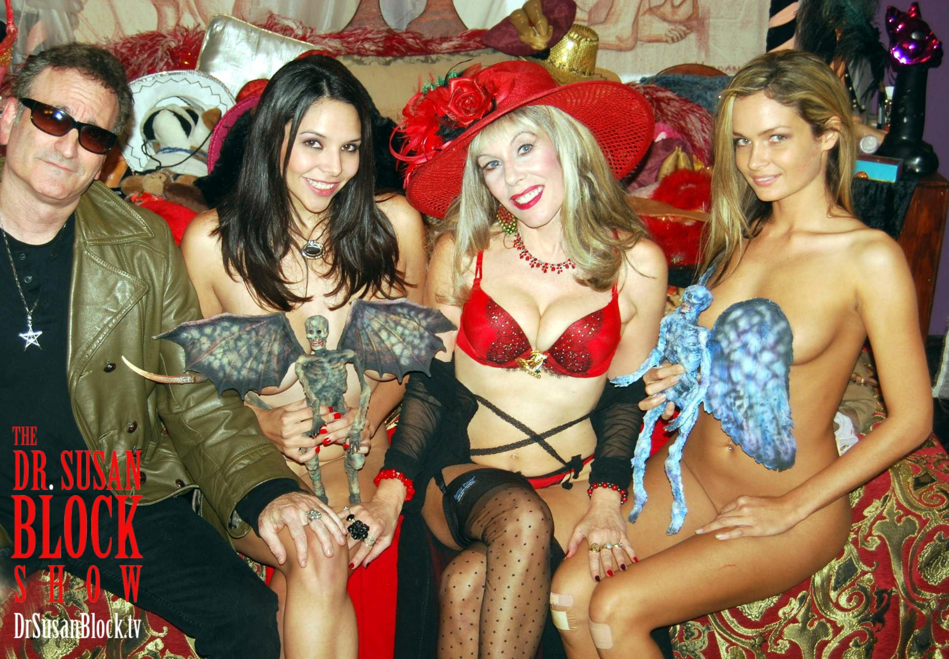 Corpsy, Missy Martinez, Dr. Suzy & Prinzzess Felicity Jade on DrSuzy.Tv. Photo: Mad Passion