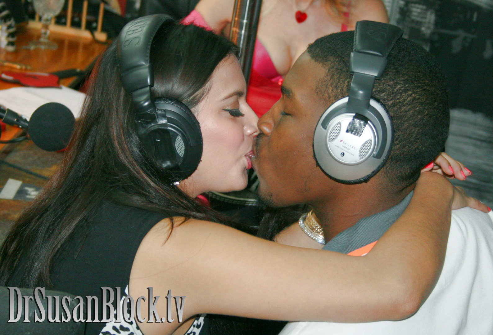 Valentine Foreplay & Lupercalia Warm-Up with Selma Sins & Isiah King James IV ❤