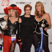 Mistress Tara in the Middle
