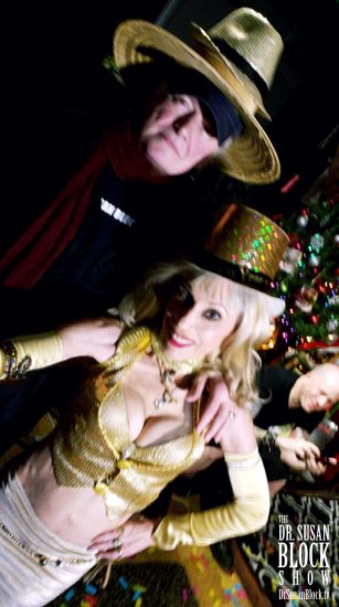 With Capt'n Max in three hats & Jux by the Tree checking his phone. Photo: Selfie