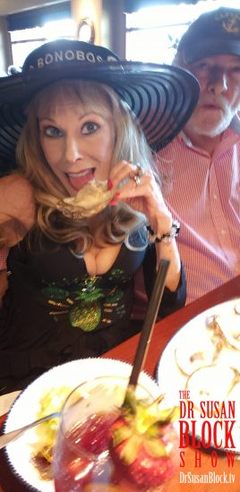 Taking my first lick of oyster with great anticipation before realizing that it tastes like tofu, not Aphrodite's pussy (like it should). Photo: Selfie